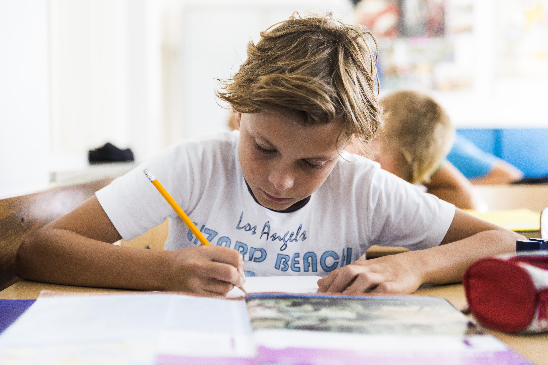 Haemstede-Barger-Mavo-HBM-middelbare-school-Heemstede-leerling-werkt-zelfstandig