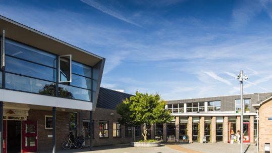 Haemstede-Barger-Mavo-HBM-middelbare-school-Heemstede-school-gebouw
