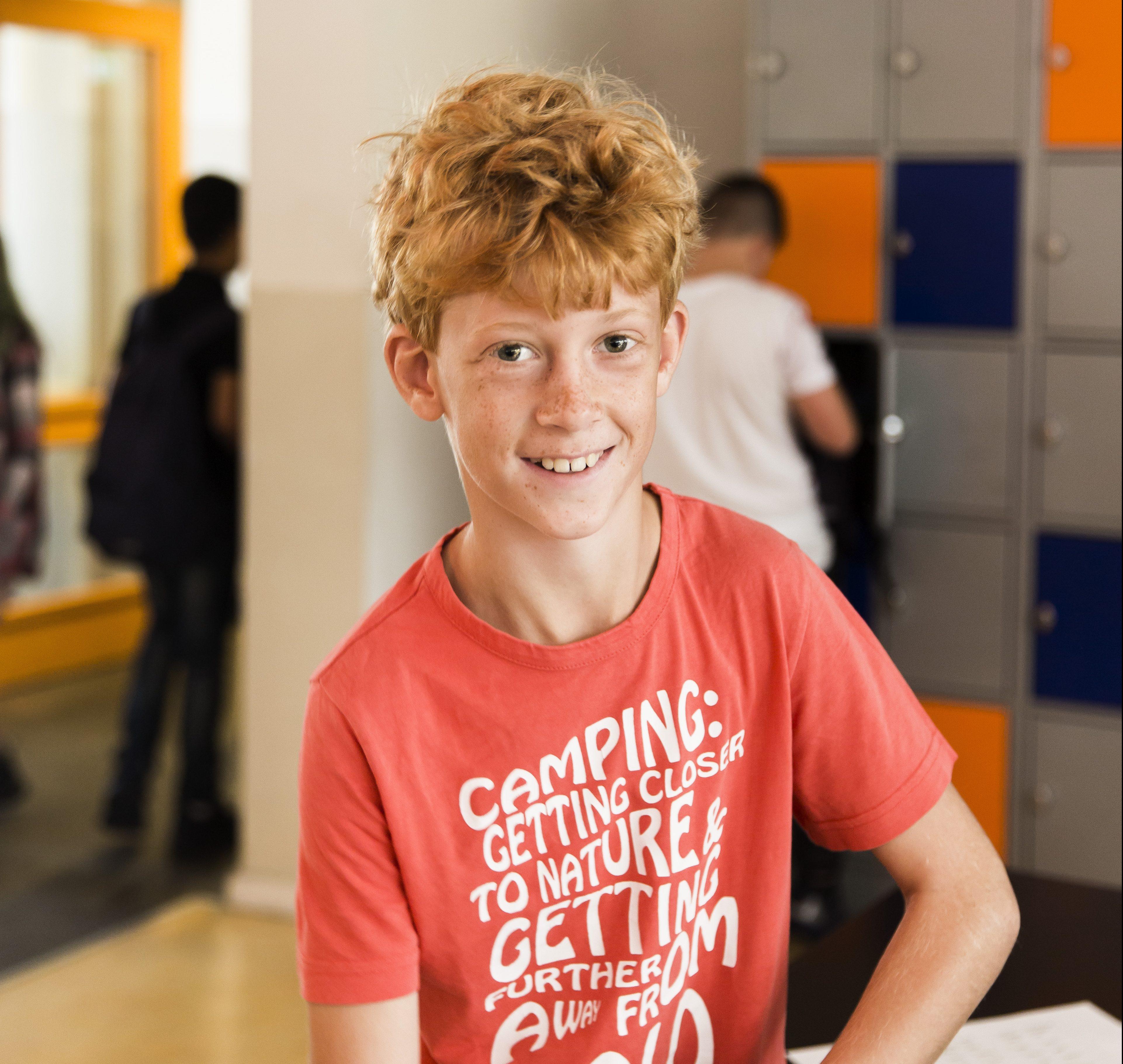 Haemstede-Barger-Mavo-HBM-middelbare-school-Heemstede-leerling-in-de-kantine